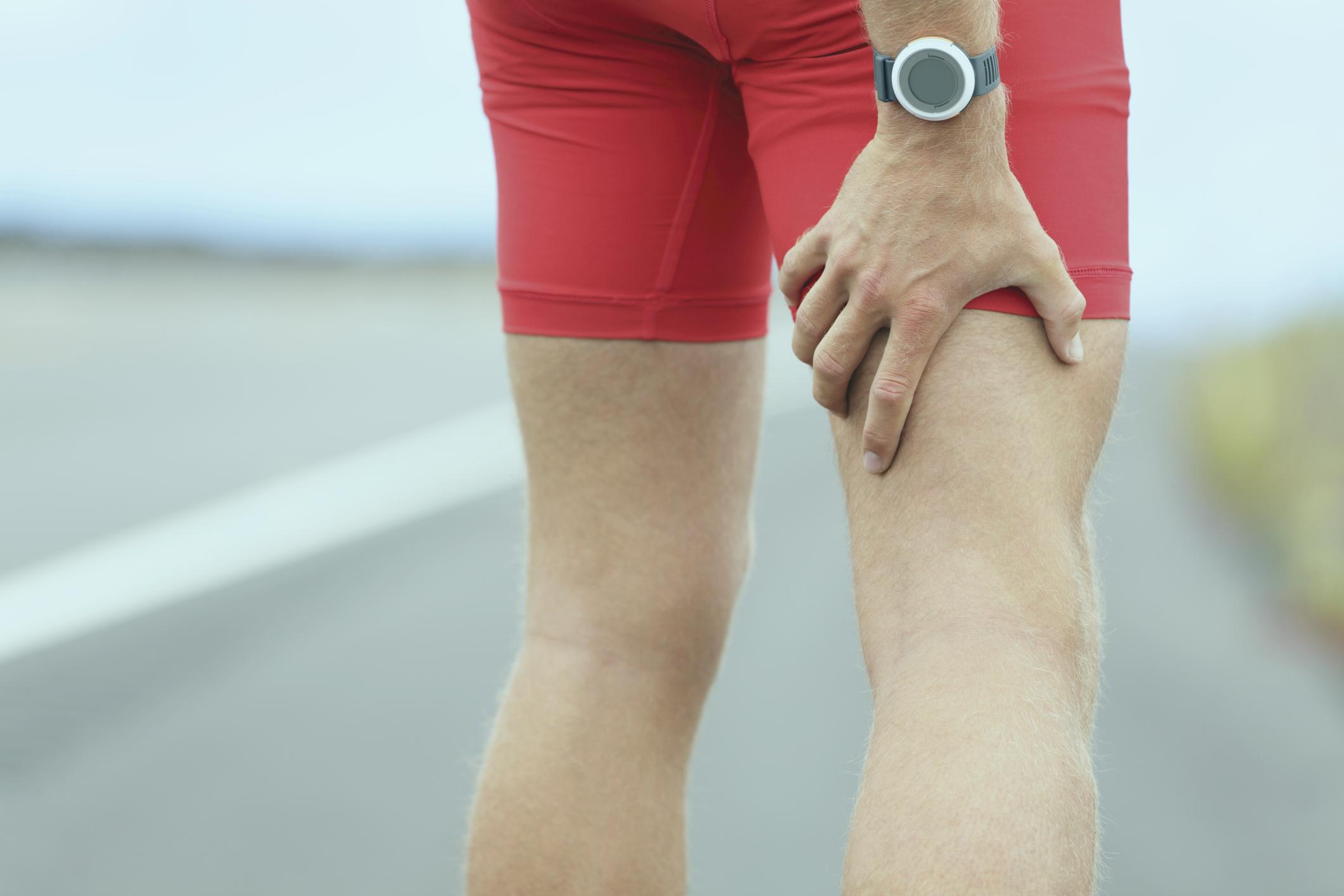 fisioterapueta malaga sobrecarga muscular piernas