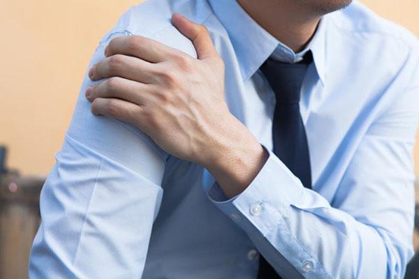 tendinisitis del Supraespinoso con fisioterapia malaga